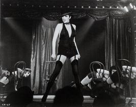 035-cabaret-theredlist